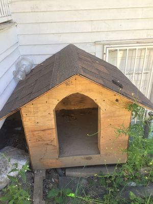 Dog house (large) for Sale in Seattle, WA