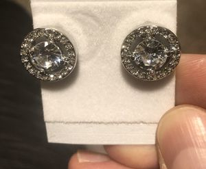 New - Beautiful Round 1.25ct Moissanite White Diamond Stud Earrings Silver for Sale in Oak Creek, WI
