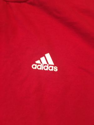 Adidas shirt for Sale in Baton Rouge, LA