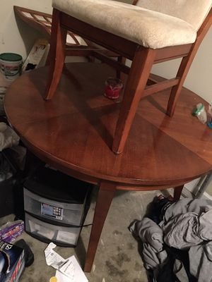 Table 3chairs for Sale in Nicholasville, KY
