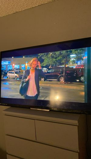 60 inch TV for Sale in Aurora, CO