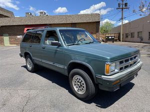 1993 Chevy S 10 blazer for Sale in Golden, CO