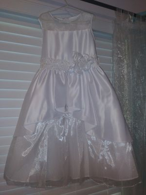 Adorable Little Girls Dress for Sale in Broadview Heights, OH