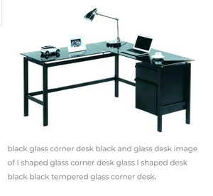 L shaped 2 drawer Desk for Sale in Tracy, CA