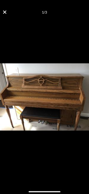 Antique Schafer and Sons upright Piano in great condition just needs to be tuned. for Sale in Whittier, CA