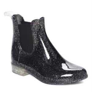 Rain boots for Sale in Murfreesboro, TN