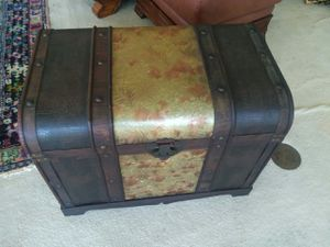 Treasure Chest for Sale in Honolulu, HI
