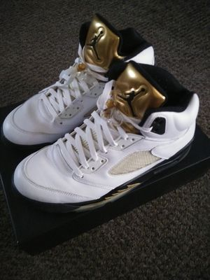 Air Jordan 5 Gold Coin Size 11.5 for Sale in Buffalo, NY