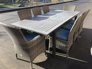 Outdoor dining set for Sale in San Diego, CA