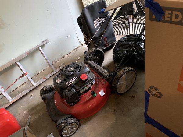 Lawn Mower - Sears Craftman, very good condition