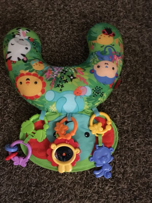 Baby Items *READ DESCRIPTION* | (Bright Stars Tummy-time Mat & accessories | Baby Clothes *mainly 0-3 some 3-6*