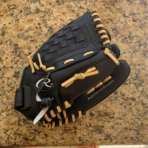 Brand New Rawlings Baseball Glove for Sale in San Diego, CA