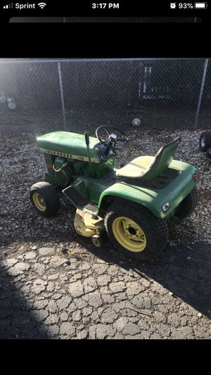 John Deere 110 1968 or 1978 rare vintage riding lawn mower tractor for Sale in Palos Hills, IL
