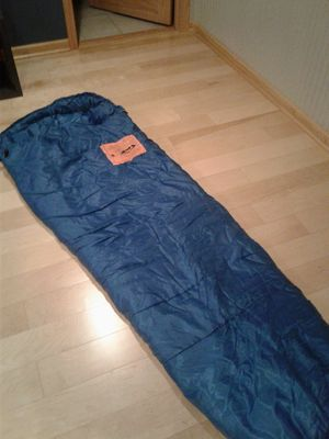 REI Authentic adventure sleeping bag. Perfect condition for Sale in Schaumburg, IL