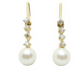 lady 14k yellow gold diamond .24cts and 7MM pearl drop dangle earrings for Sale in Boston, MA