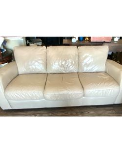 Leather Couch Cream Color for Sale in Englewood, CO
