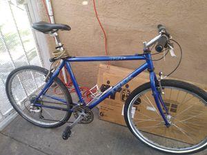 Trek 930 hybrid bike for Sale in Los Angeles, CA