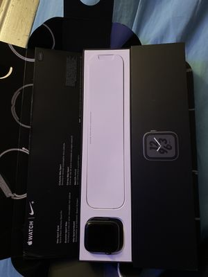 Apple Watch serie 4 for Sale in Trenton, NJ