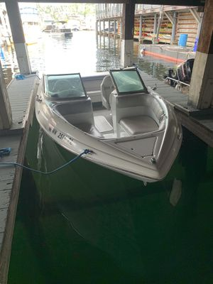 2001 Mariah Shabah Runabout Openbow Boat for Sale in Seattle, WA
