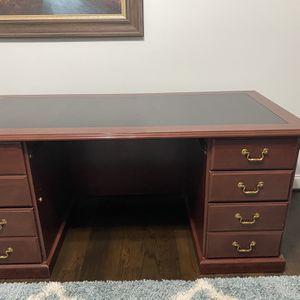 Executive Desk for Sale in Suwanee, GA