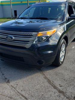 2014 Ford Explorer XLT 169k 3 Row for Sale in Oakland Park,  FL