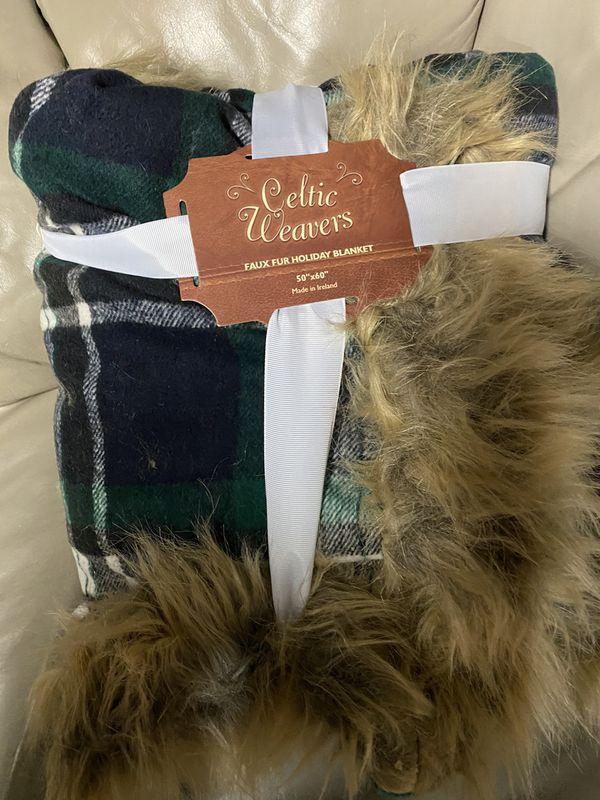 Celtic Weaver green plaid throw blanket