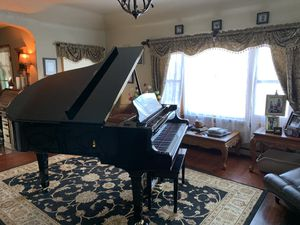 Young Chang 6.2 Baby Grand Piano and Bench for Sale in Nashville, TN