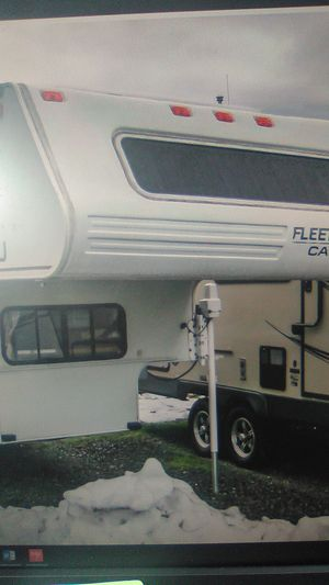 2000 Fleetwood caribou 11j save $5,000 for Sale in Monroe, WA