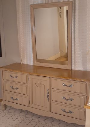Dresser and mirror refurbished for Sale in Atlanta, GA