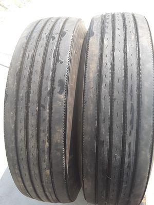 Truck tires 285/75/24,5 for Sale in Selma, CA