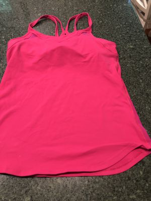 Lululemon tank top with build in bra for Sale in Lincolnton, NC