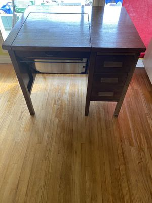 Sewing Table Antique for Sale in Pico Rivera, CA