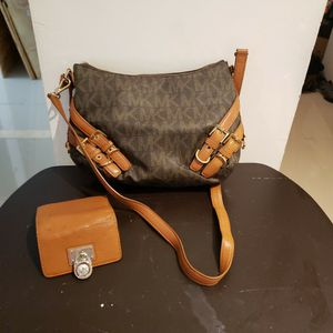 Michael Kors Handbag And Wallet for Sale in Miami, FL