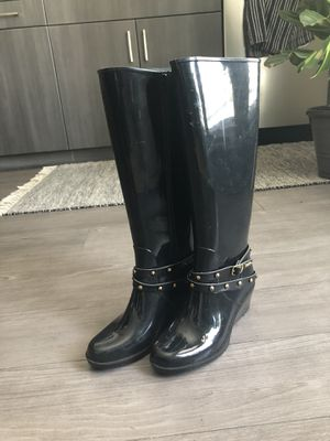 Bebe Black Ariel Studded Wedge Rain Boots (Size: 7) for Sale in Glendale, CA