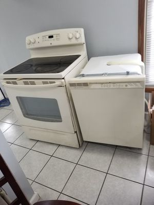 Stove+Dishwasher for only $400 for Sale in Schaumburg, IL