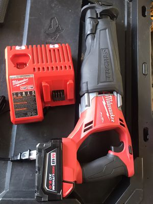 Milwaukee sawsall reciprocating saw M18 fuel battery 5.0 and charger for Sale in Alpharetta, GA