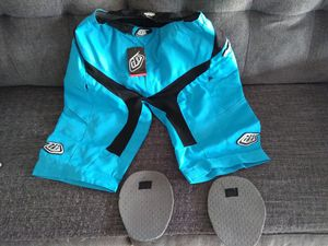 Troy Lee Designs MTB shorts for Sale in San Diego, CA