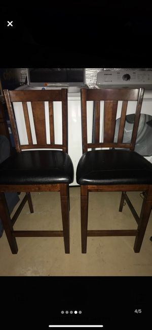 Breakfast table and chairs for Sale in Tampa, FL