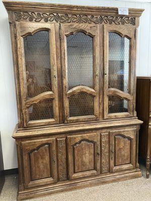 Oak Hutch / China Cabinet - PRICE REDUCED for Sale in Tulare, CA