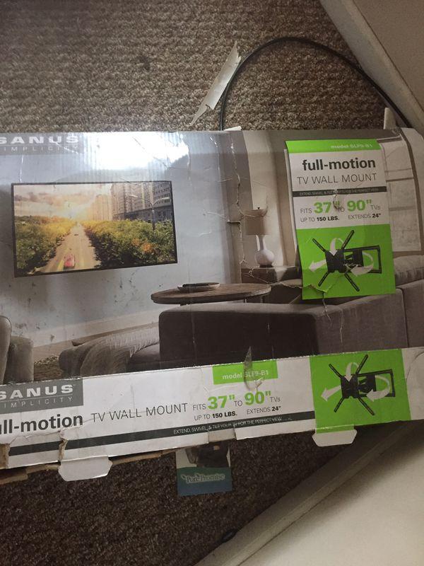 Sanus full motion wall mount an Sony sound bar