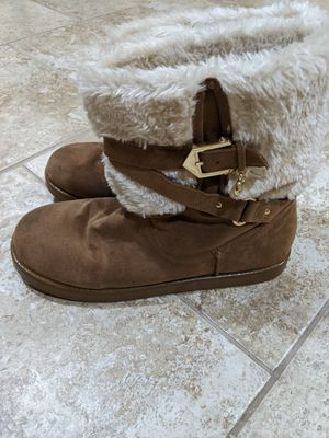 Guess boots with fur - size 10M for Sale in Arlington, VA
