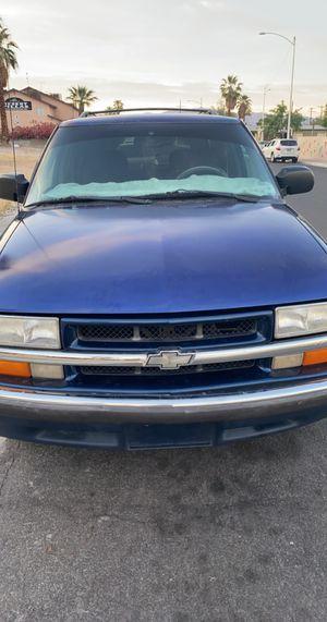 Chevy blazer lt 4 door for Sale in Las Vegas, NV