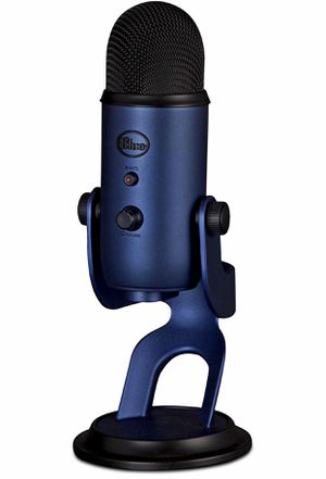 Blue yeti mic (color blue) (used) for Sale in Washington, DC