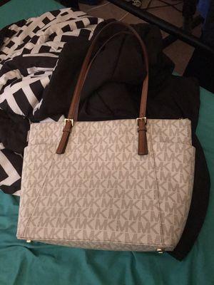Michel kors purse for Sale in Baytown, TX