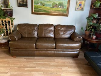 Convertible Leather Couch By LazBoy for Sale in Colma,  CA