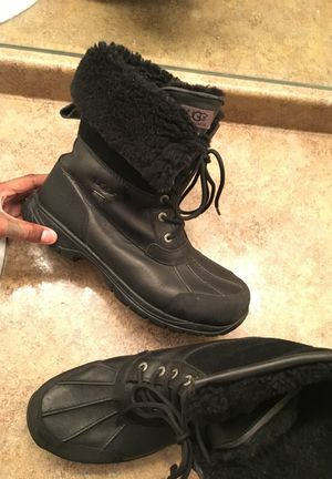 Men's Ugg Snow Boots - Size 10 for Sale in Rockville, MD