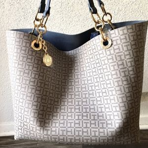 REVER Tote Bag Reversible for Sale in Austin, TX