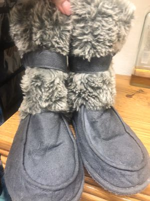Slipper boots size 11 in women's for Sale in Littleton, CO
