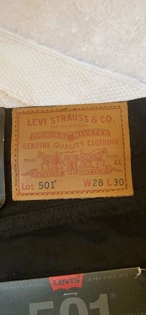 Levi's 501 original size 28 for Sale in Alpharetta, GA