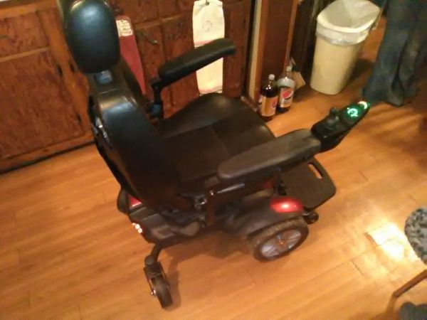 Drive Titan electric wheelchair for Sale in Indianapolis, IN - OfferUp